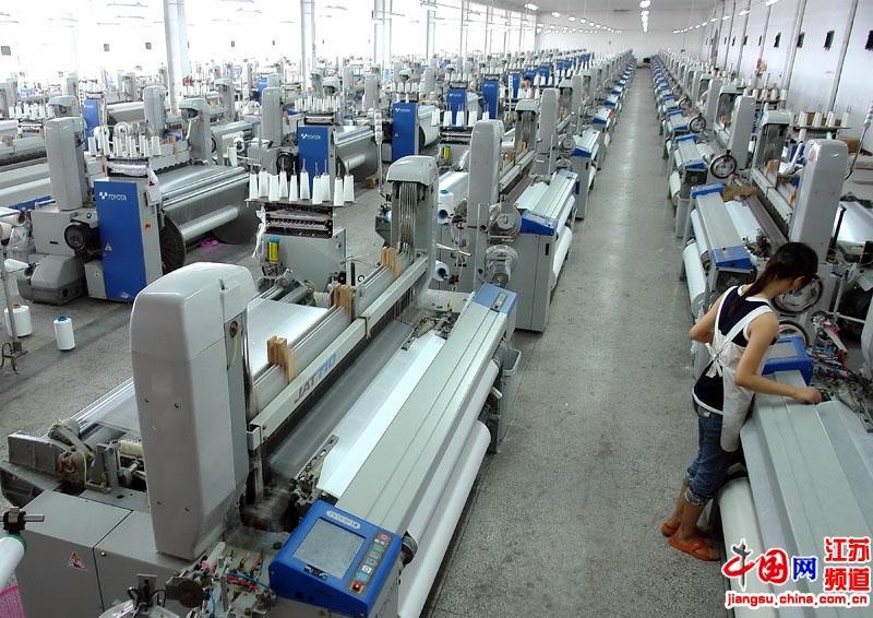 """丝绸纺织:绸业中的""""硬件"""""""