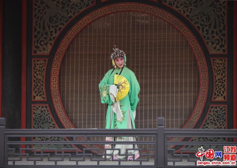中国第一水乡――江苏昆山周庄古镇内昆曲表演