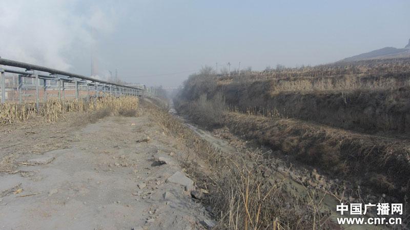 排污道里的污水仍在流动