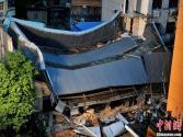 福州坍塌楼房楼层数官方说法不一引质疑 伤亡不明(图)