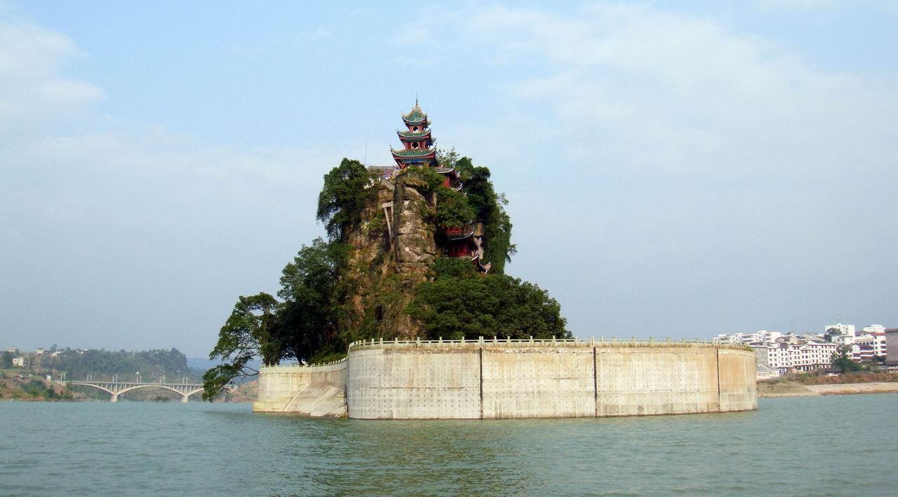 石宝寨美景; 长江三峡; 重庆图片_重庆风景图_重庆旅游景点图