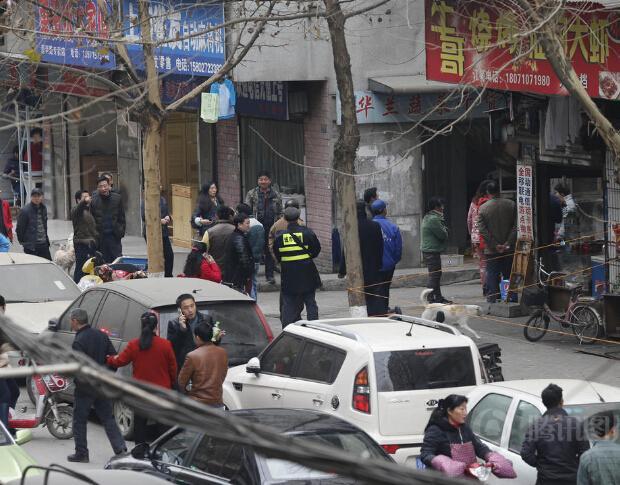 武汉发生砍人事件:1死7伤\/图 - 快讯