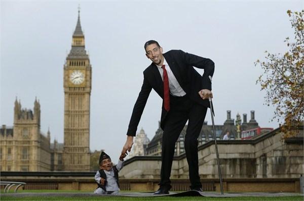 世界上最矮的人有多高 吉尼斯人体之最:世界上胸最大的人