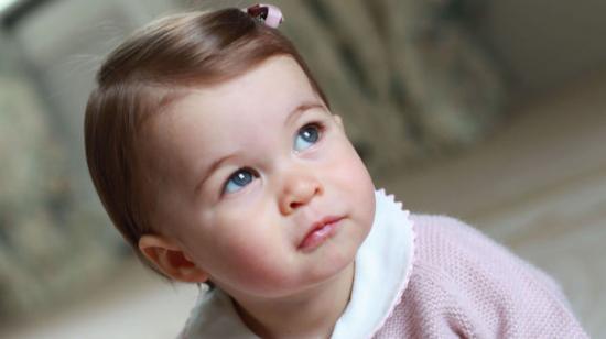 儿童画画简单漂亮小公主和小王子