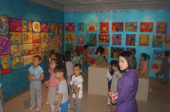 蓝天宇锋幼儿园艺术作品展在东城区第一文化馆举行