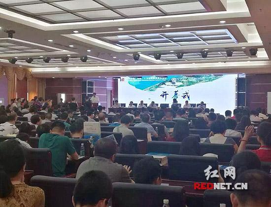 中国人口老龄化_中国 服务业 人口