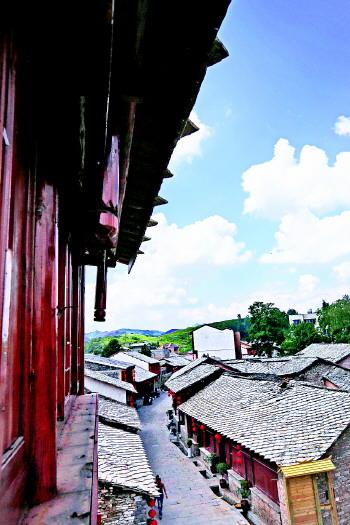 中国:葫芦绘教程乡村添活力-安顺城镇-贵州美景皮刮视频新闻图片