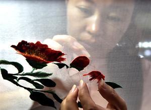 """""""锡绣""""针尖上开出的花"""