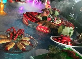 """""""龙虾盛宴""""亮相南京"""