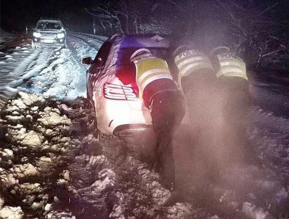 雨雪低温天气无锡交通事故环比上升123.6%