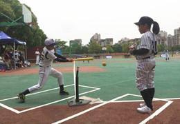 南京市软式棒垒球比赛举行