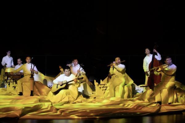 """青年作曲家天啸《永曜之花》绽放""""中国残疾人艺术团""""幻境音乐会"""