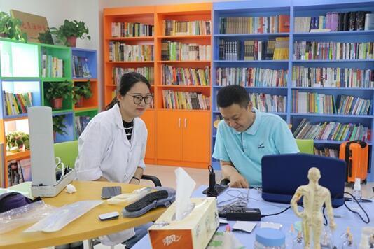 中建二局二公司华东分公司开展中医问诊进企业活动