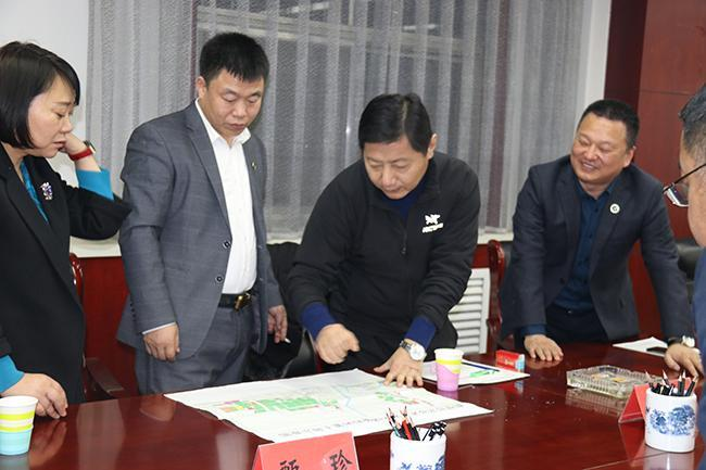 中北宏远集团董事长郭振鹏受邀赴鹤壁国家经济技术开发区考察