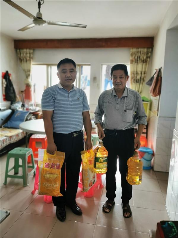 光明区退役军人就业创业促进中心与招商银行深圳光明支行签署战略合作协议
