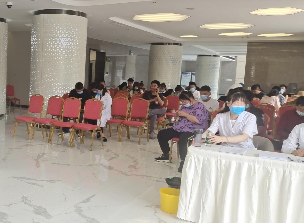 新沂市锡沂高新区组织辖区人员集中接种新冠肺炎疫苗
