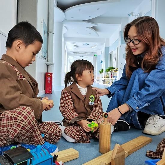 守童心 创童境 播童种——怀化市幼儿园为孩子撑起绚烂的天空